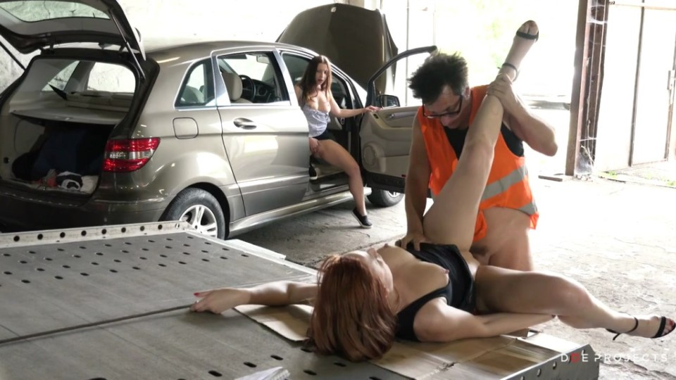 [HD] Eva Berger BROKEDOWN BABES - FRIENDLY TRUCK DRIVER Eva Berger - SiteRip-00:25:19 | Blowjob, All Sex - 477,4 MB