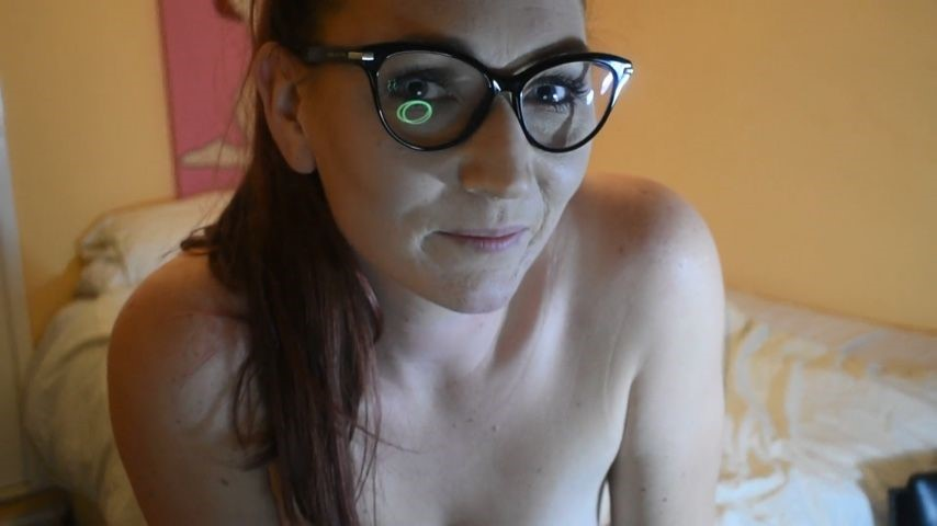 [Full HD] Halosi5 Jerk Off With Me Halosi5 - ManyVids-00:03:37 | Eye Contact,Fingering,Pussy Play,Solo Masturbation,Talking - 927,4 MB
