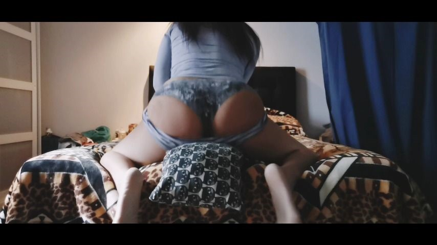 [] Hornynwet Pillow Humping Ass Shaking Hornynwet - ManyVids-00:03:24 | Pillow Humping,Feet,Ass Shaking,Ass Smacking - 346,7 MB
