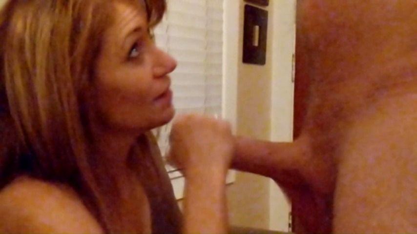 [Full HD] Hotwiferoxycameron Big White Uncut Cock For Roxy HotwifeRoxyCameron - ManyVids-00:39:30   Uncut Dicks,Blowjob,Creampie,Big Dicks,Mature - 2 GB