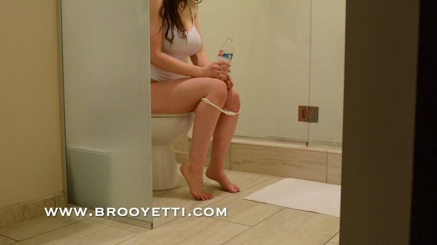 [Full HD] Iamyetti Ing Iamyetti - ManyVids-00:04:49   Pee,Toilet Fetish,Brunette,Thong Fetish,All Natural - 699,7 MB