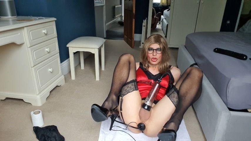 [Full HD] Jessicaxd Red Satin Babydoll Orgasm JessicaXD - ManyVids-00:11:28 | Crossdresser,Fetish,Gloves,High Heels,Silk &Amp;Amp; Satin - 291 MB