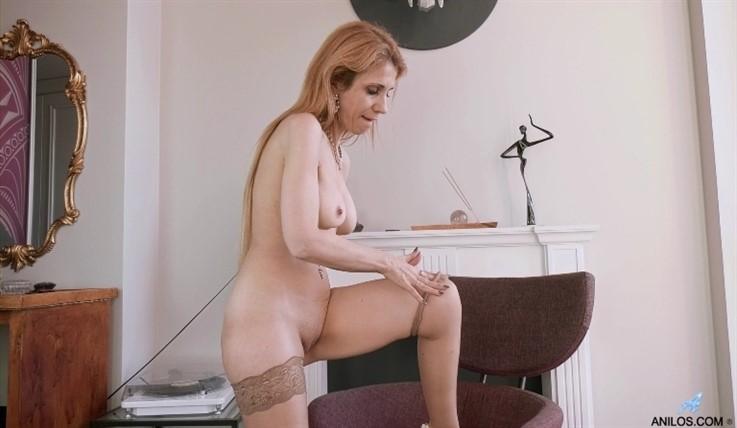 [Full HD] Karolina - Masturbation Pleasures 17.05.20 Mix - SiteRip-00:14:02 | Thongs, Long Hair, Big Nipples, Petite, High Heels, Milf, Shaved Pussy, Masturbation, Medium Boobs, Brunette, Solo, Stockings - 935,3 MB