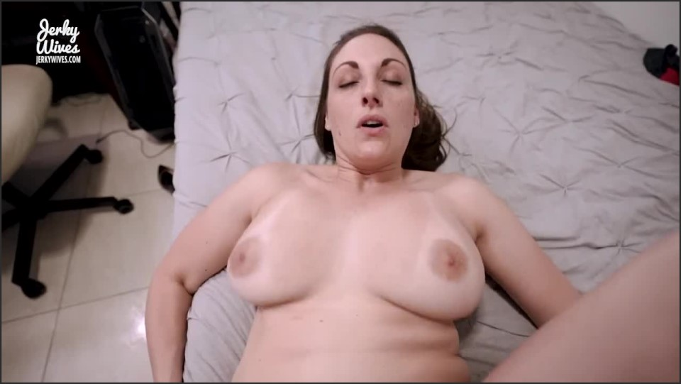 [HD] Kasey Kelleher - Step Mom Gives Up Her Ass For My Birthday Kasey Kelleher ( - SiteRip-00:11:03 | Incest, A2P, Family, Old, Tanlines, Busty, Mother, Buxom, Dominant, Boobs, Anal, Mature, Pov, F...
