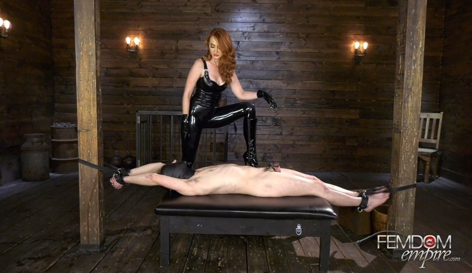 [Full HD] Kendra James. Caged Boy Batter Kendra James - FemdomEmpire-00:11:46 | Red Head, High Heels, Femdom, Latex, Pornstar, Forced Orgasm, Milking, Chastity - 860,8 MB