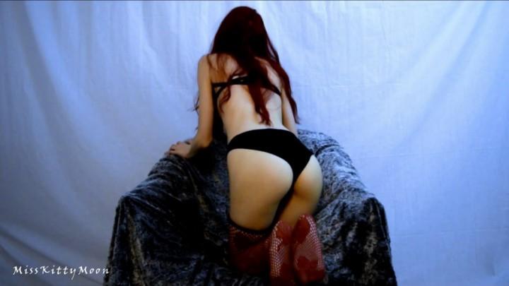 [Full HD] kitty moon black panties preparing panty 25 Kitty Moon - ManyVids-00:15:00 | Orgasms,Panty Fetish,Redhead,Solo masturbation,Stocking - 873,9 MB