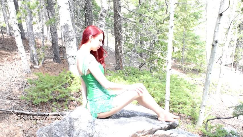 [Full HD] kitty moon poison ivy rips her pantyhose for anal Kitty Moon - ManyVids-00:06:04 | Anal,Clothes Destruction / Burning,Cosplay,Pantyhose,Public Outdoor - 352,6 MB