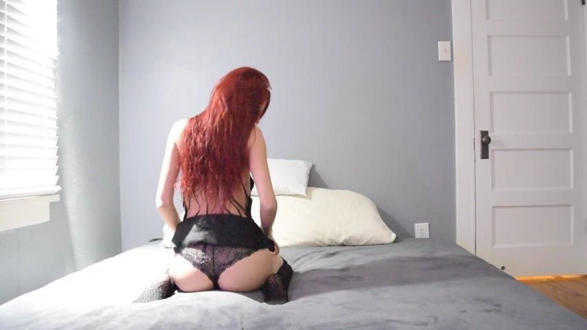 [Full HD] Kitty Moon Tease Kitty Moon - ManyVids-00:01:36 | Dancing,Lace/Lingerie,Long Hair,Redhead,Solo Female - 185,7 MB