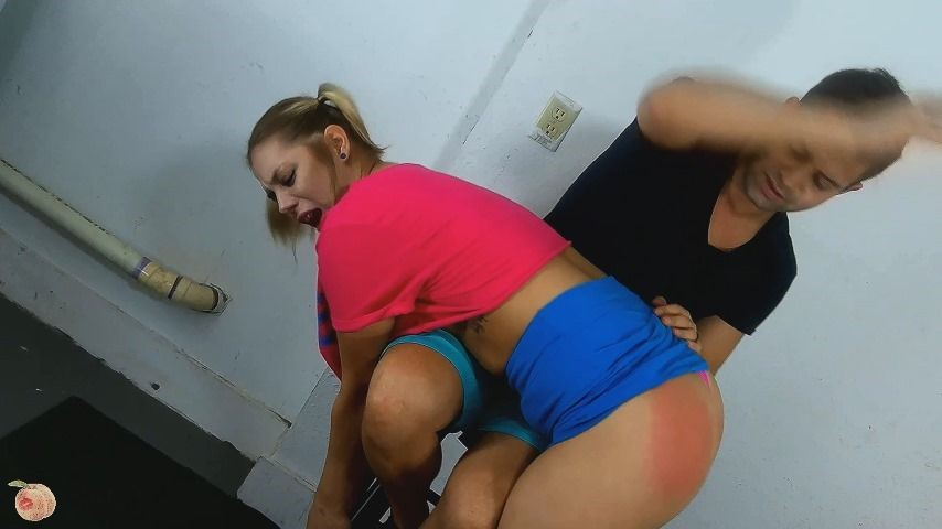 [Full HD] Lana Analise Punishment From Big Brother Lana Analise - ManyVids-00:09:16 | Ass Smacking,Ass Worship,Corporal Punishment,Spanking,Taboo - 390,2 MB