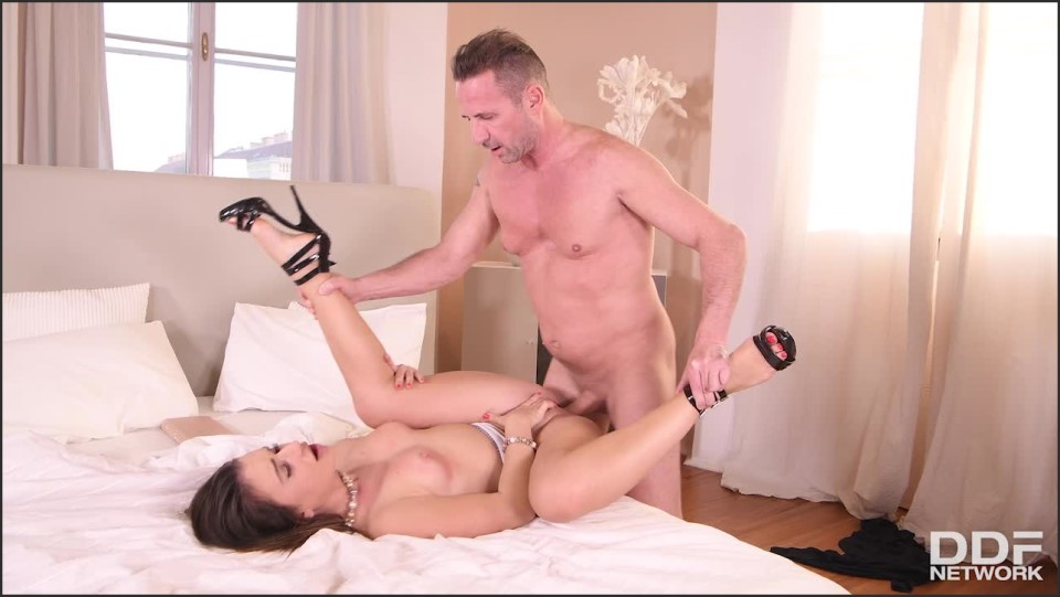 [HD] Lana Roy - Surprised And Horny Lana Roy - SiteRip-00:22:03   Blowjob, All Sex - 1 GB