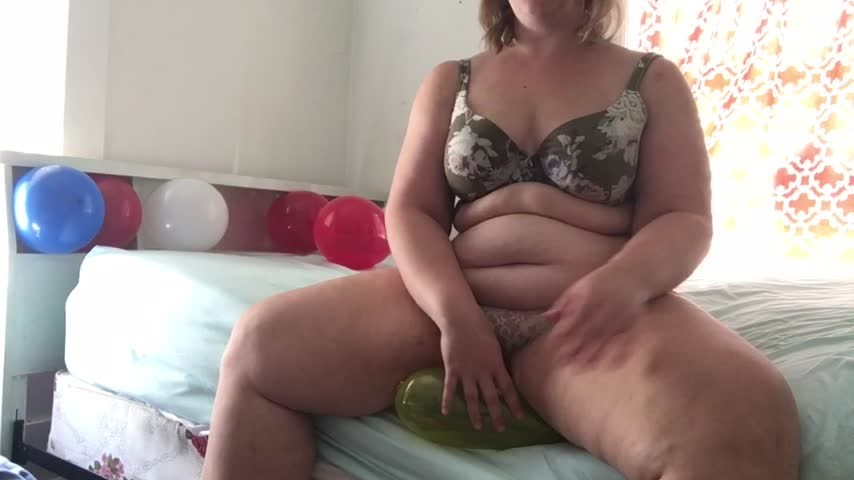 [SD] Lily Fleur Bbw Custom Balloon Squishing Weigh In Lily Fleur BBW - ManyVids-00:27:00 | Balloons,Fat,Gaining Weight,BBW - 1 GB