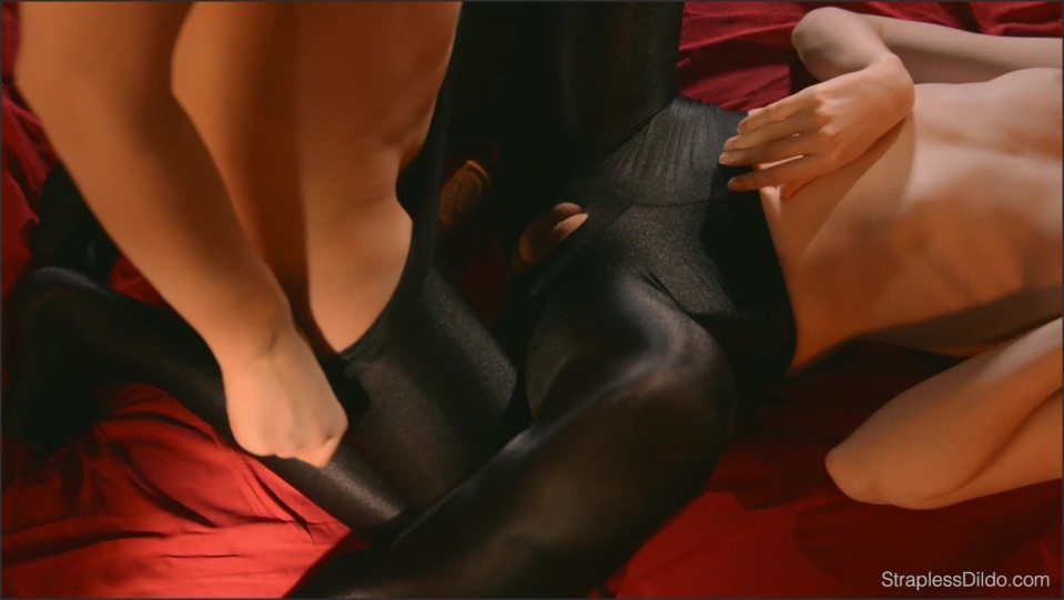 [Full HD] Maria Pie &Amp; Rossy Bush - Sex In Silky Black Pantyhose Maria Pie &Amp; Rossy Bush - SiteRip-00:20:58 | Pantyhose, High Heels, Toy - 1,6 GB