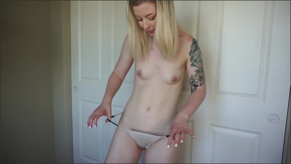 [Full HD] Mystie Mae August Panty Try-On Mystie Mae - Manyvids-00:12:00 | Size - 260,3 MB