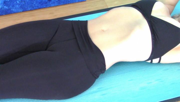 [Full HD] Nadia Layne Yoga Cameltoe Cum 2 Nadia Layne Yoga - ManyVids-00:09:15 | Yoga,Yoga Pants,Camel Toe,Solo Female,Solo Masturbation - 430,3 MB