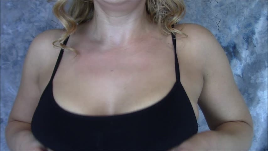 [Full HD] Nadia Layne Yoga Playing With My Natural Tits Nadia Layne Yoga - ManyVids-00:09:22 | Ice Fetish,Spitting,Tit Play,Tit Sucking / Nipple Fetish,Titjobs - 1,5 GB