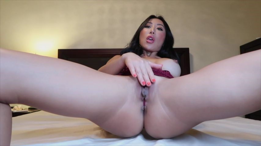 [Full HD] nicoledoshi horny asian girl playing with her pussy nicoledoshi - ManyVids-00:12:38 | Asian,Dildo Fucking,Dildo Sucking,Masturbation - 340,6 MB