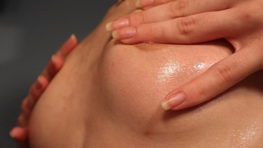 [Full HD] Ouiouilux Hd Small Oily Tits With Dirty Talking Ouiouilux - ManyVids-00:07:48 | Finger Nail Fetish,Lotion/Oil Fetish,Oil,Petite,Tit Play - 1,1 GB