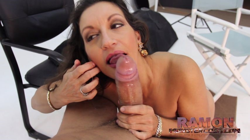 [Full HD] Pelonasquirterqueen Monstercock With Persia Milf PelonaSquirterQueen - ManyVids-00:26:18 | MILF,Huge Tits,Big Dicks,Reality Porn,Hardcore - 962 MB