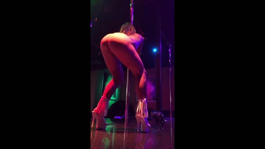 [Full HD] Roseisstar X Dancing At The Strip Club RoseIsstar_X - ManyVids-00:05:17 | Asian Princess,Dancing,Pole Dancing,Strip Tease,Strippers - 639,1 MB
