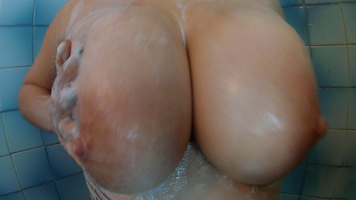 [4K Ultra HD] Rosie Amateur Perving On My Big Tits While I Shower 4K Rosie Amateur - ManyVids-00:07:54 | 4K,Big Boobs,Big Tits,Latina,Shower - 2,1 GB