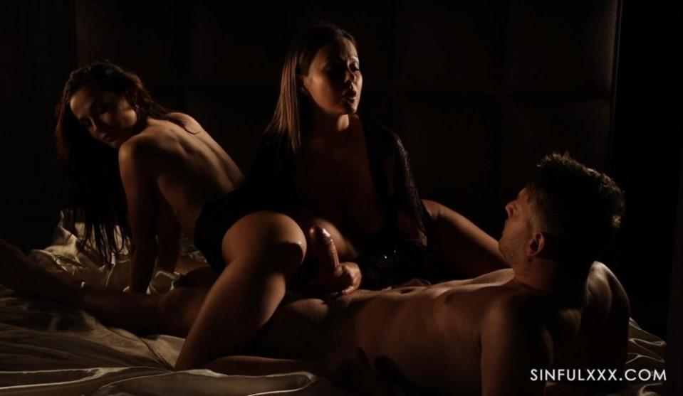 [Full HD] Tina Kay, Nicole Love Mix - SiteRip-00:30:16 | Group, Hardcore, All Sex, Blowjob, MFF, Natural Tits - 3,2 GB