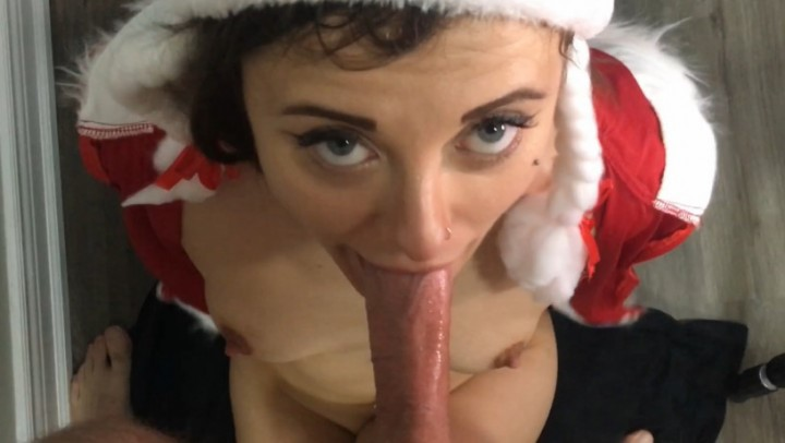 [Full HD] Tiptobase69 Its A Festivus Facefuck Miracle Pov Tiptobase69 - ManyVids-00:08:39 | Blow Jobs,Blowjob,Deepthroat,Face Fucking,Throat Fucking - 498,8 MB