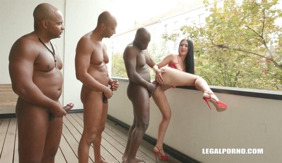 [HD] Vanessa Vaughn Has Fun With 3 Black Guys &Amp; Balls Deep Anal IV212 Vanessa Vaughn, Joachim Kessef, Tony Brooklyn, Max Rajoy - SiteRip-00:51:09 | Gangbang, DAP, Gape, Interracial, Anal, A2M - 1,6 GB