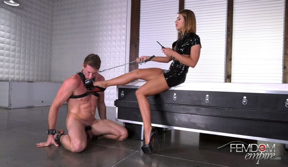 [Full HD] Adriana Chechik. Extreme Foot Sensations Adriana Chechik - FemdomEmpire-00:11:22 | Brunette, Pornstar, Latex, Foot Worship, Femdom, High Heels - 967,1 MB