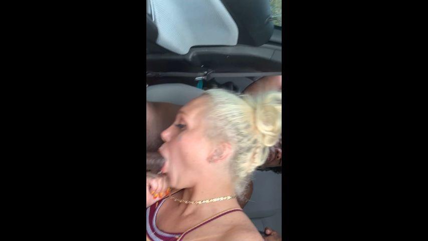 [SD] Alexis Andrews Xxx Public Bj In The Mall Parking Lot Alexis Andrews XXX - ManyVids-00:04:37 | BBW,Blowjob,Deepthroat,Finger Nail Fetish,Public Blowjob - 503,5 MB