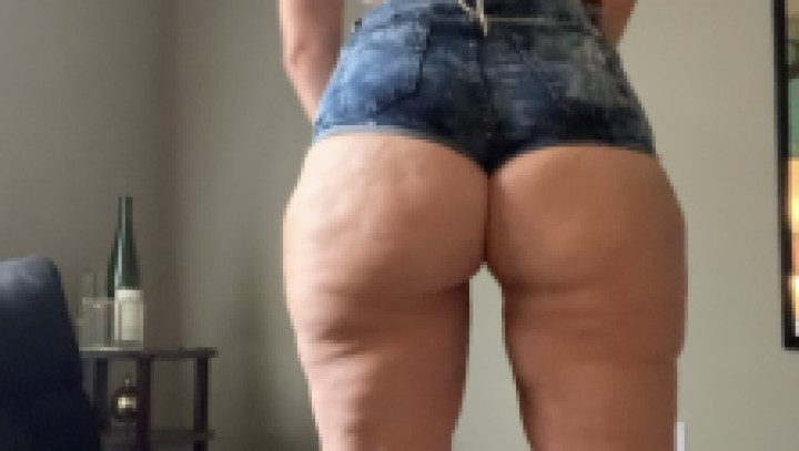 [SD] Alexis Andrews Xxx Twerking Clappping And Clenching Alexis Andrews XXX - ManyVids-00:10:48 | Booty Clapping,PAWG,18 &Amp;Amp; 19 Yrs Old,BBW,Ass Shaking - 1 GB