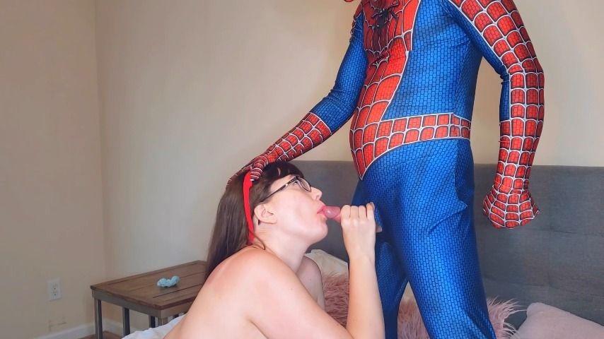 [Full HD] Ari Cleo Fuck Me Spiderman Ari Cleo - ManyVids-00:18:34 | Boy Girl,Comic Book Role Play,Eye Glasses,Facials,Riding - 405,4 MB
