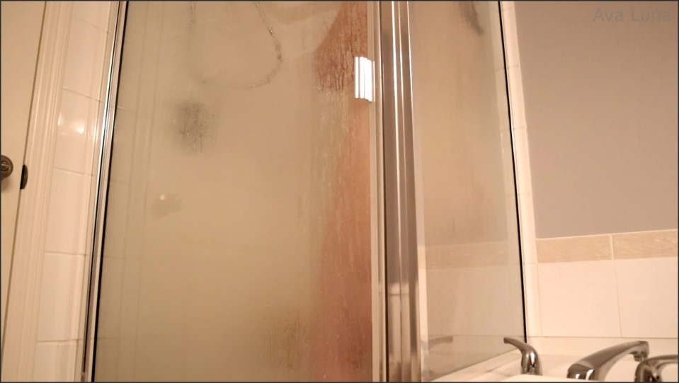 [Full HD] Ava Luna Pt 1. Steamy Shower Ava Luna - Manyvids-00:11:06 | Size - 1,6 GB