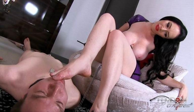 [Full HD] Bella Maree - Obey the Shock Collar Bella Maree - FemdomEmpire.com-00:10:14 | Electro Play, FemDom, Foot Worship - 609,3 MB
