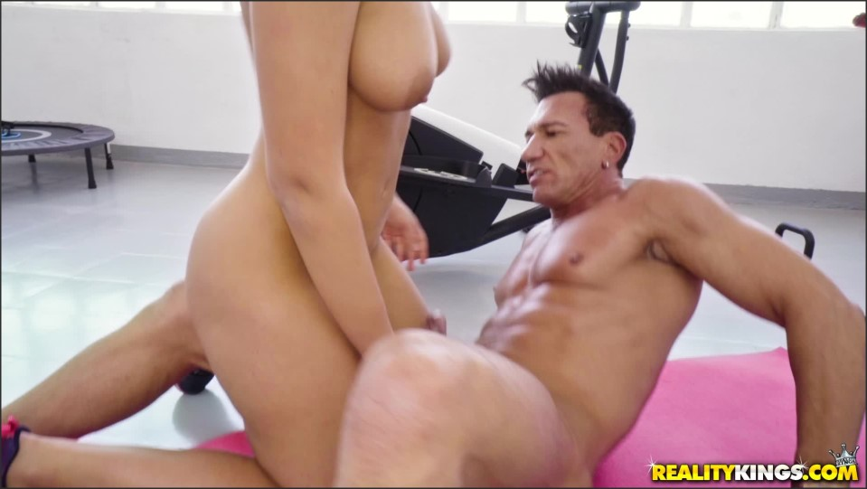 [Full HD] Briana Bounce - Working Out With Briana Briana Bounce - SiteRip-00:37:29 | Blowjobs, All Sex - 2,7 GB