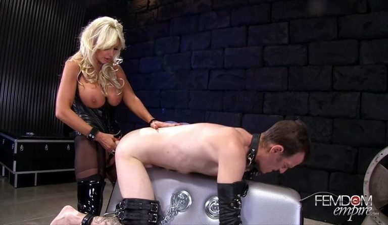 [Full HD] Brittany Andrews - Ass To Mouth For Sluts Brittany Andrews - FemdomEmpire.Com-00:14:23 | Strapon, Anal Play, Bondage, Femdom - 820,8 MB