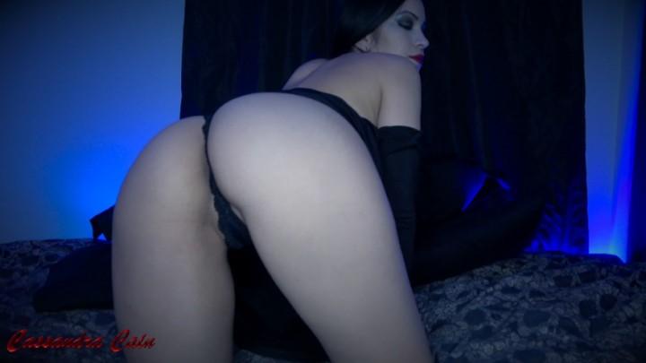 [4K Ultra HD] Cassandra Cain Worshiping Morticias Ass Cassandra Cain - ManyVids-00:07:37 | Ass Fetish,Ass Worship,Asshole Fetish,JOI,Cosplay - 1,1 GB