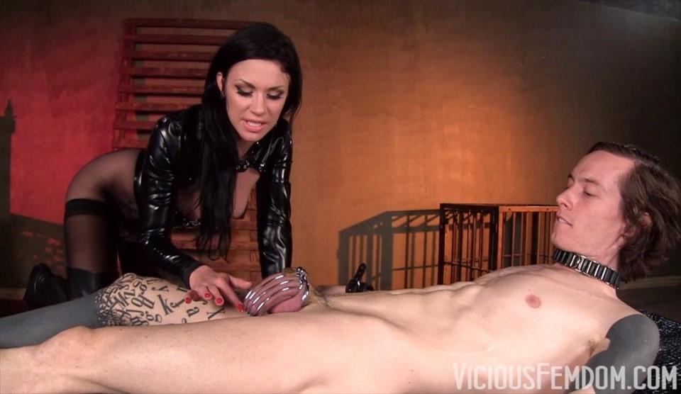 [HD] Cruel Chastity Games Mistress Andy - SiteRip-00:10:31 | Facesitting, Femdom, Chastity - 359,2 MB