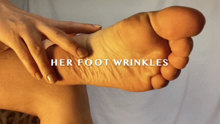 [Full HD] Dommetomorrow Her Foot Wrinkles DommeTomorrow - ManyVids-00:09:01 | POV Foot Worship,Foot Worship,Wrinkled Soles,Foot Domination,Foot Slave Training,SFW - 1 GB