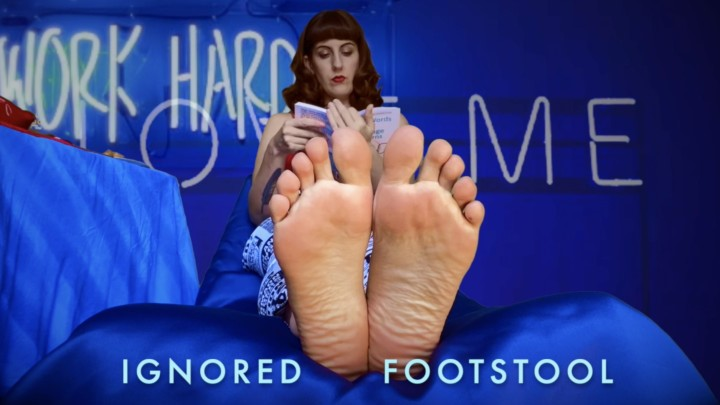 [HD] Dommetomorrow Ignored Footstool DommeTomorrow - ManyVids-00:40:56 | Ignore,Foot Domination,Foot Slave Training,Slave Training,Foot Fetish,SFW - 208,5 MB