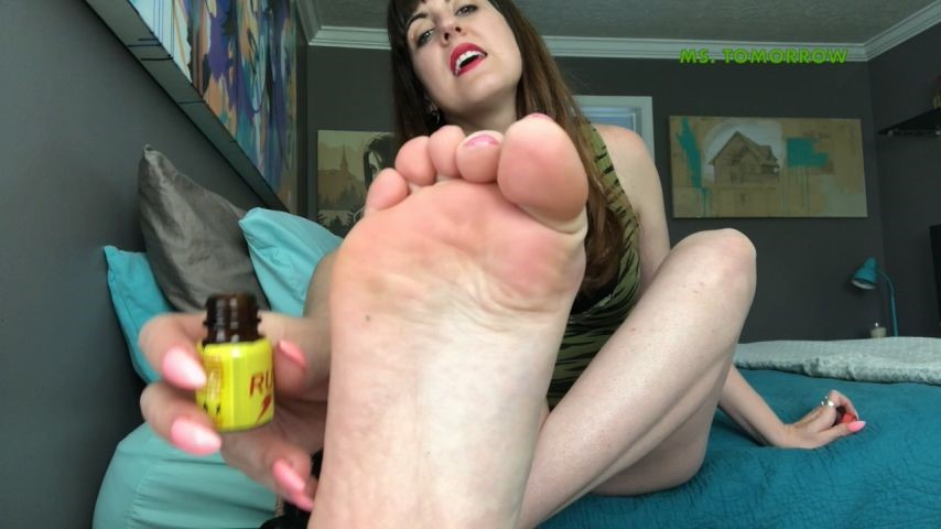 [HD] Dommetomorrow Sniff Sniff Slut DommeTomorrow - ManyVids-00:11:33 | Foot Domination,Sissy Training,Chastity Devices,Humiliation,Verbal Hardcore Humiliation - 1004,4 MB