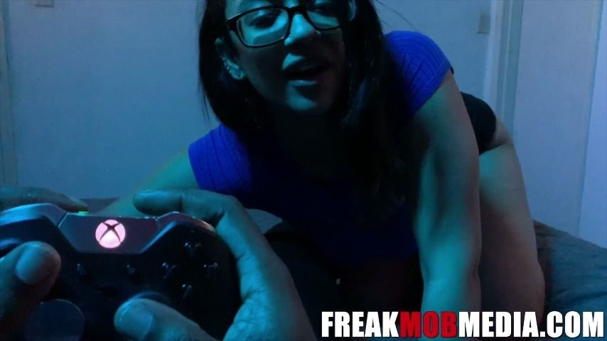 [Full HD] freak mob media are you going to play xbox or fuck me Freak Mob Media - ManyVids-00:24:18 | BBC,Femdom POV,Latina,Sexy Gamer,Video games - 796,2 MB