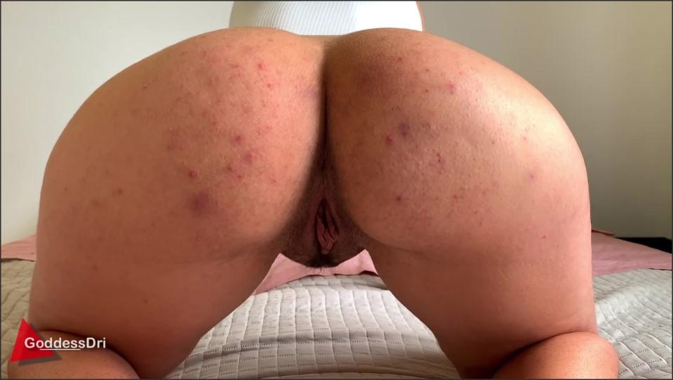 [Full HD] GoddessDri Trying To Fart GoddessDri - Manyvids-00:04:15 | Size - 126,4 MB