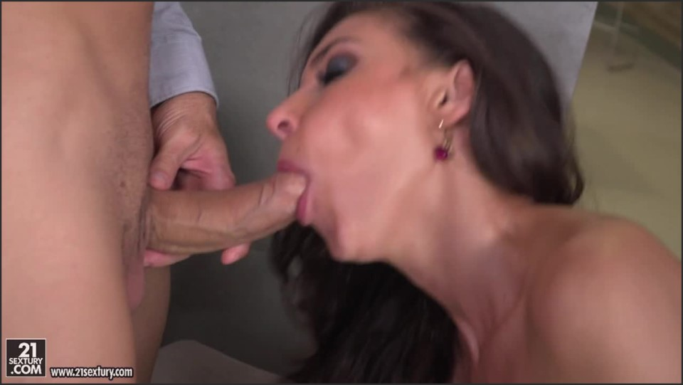 [HD] Henessy. Threesome At The Office Henessy - SiteRip-00:27:36 | DP, Gonzo, Anal - 651,4 MB