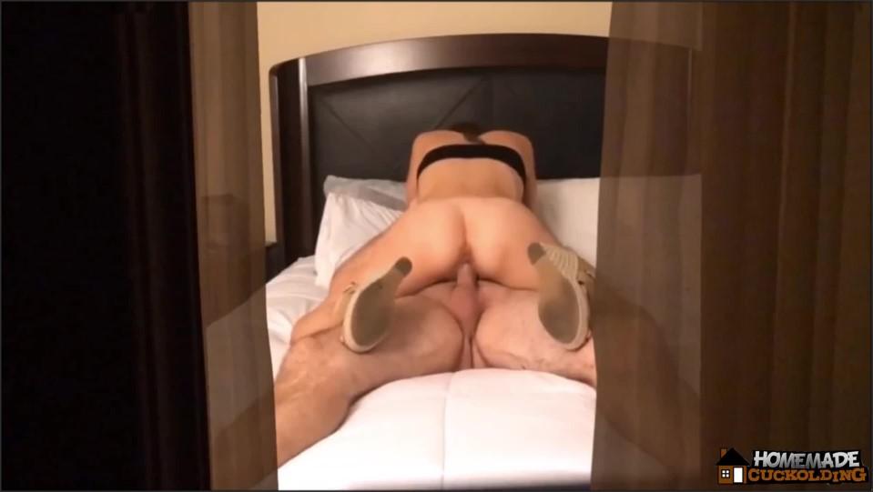 [Full HD] Homemade Cuckolding Lilly Cuckold 1 Watching Through The Window Homemade Cuckolding - Manyvids-00:08:30 | Size - 481,2 MB