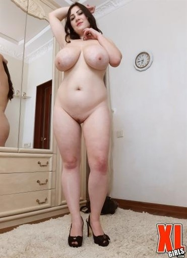 [Full HD] Ivanna Lace - Heats Up The House Ivanna Lace - SiteRip-00:29:14 | Curvy, BBW, Big Tits, Solo, Big ass, Natural tits, Masturbation, Blowjob, Chubby, Brunette, Voluptuous - 493,2 MB