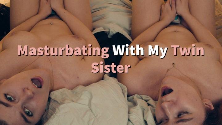 [Full HD] Jaybbgirl Masturbating With My Twin Sister Jaybbgirl - ManyVids-00:10:09 | Girl Girl,Kink,Taboo,Twins,Vibrator - 647 MB