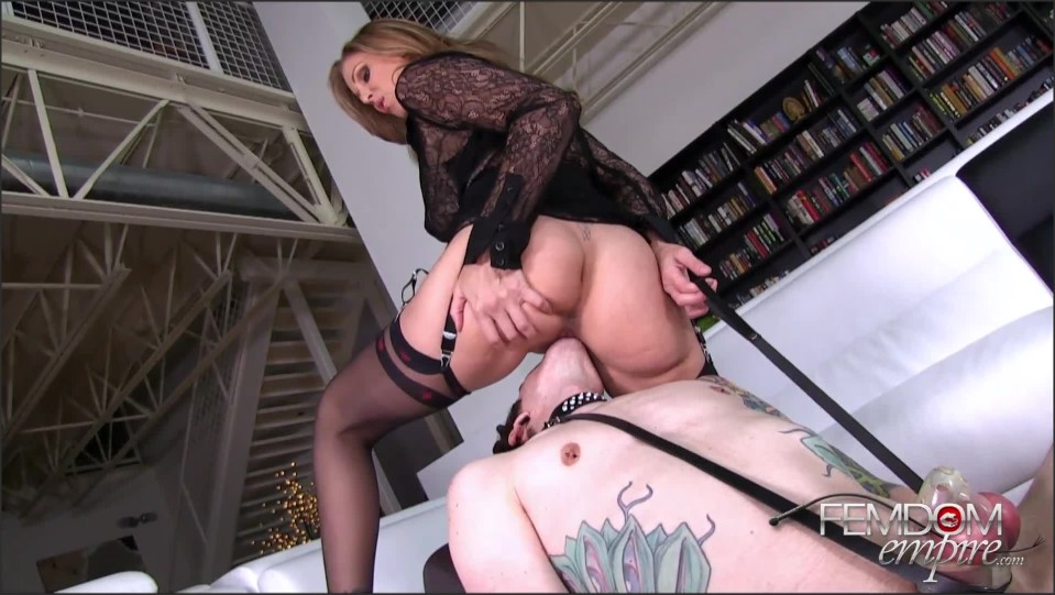 [Full HD] Julia Ann - Boy-Toy Pussy Servant Julia Ann - SiteRip-00:10:36   Stockings, Femdom, Pussy Worship And Lick, Facesitting, Cunnilingus, Mature - 366,2 MB