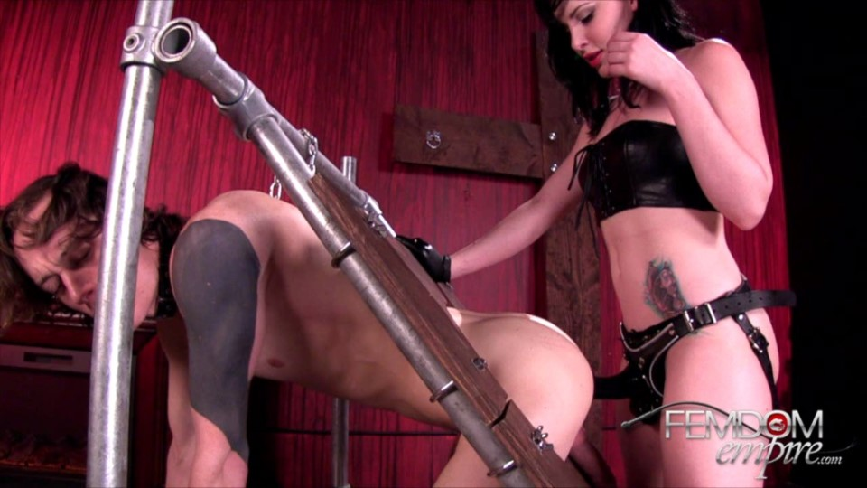 [HD] Katie St Ives - Your Ass Is MINE Katie St Ives - SiteRip-00:12:06 | Leather, Anal Play, Ass Worship, Femdom, Bondage, Strapon - 364,1 MB