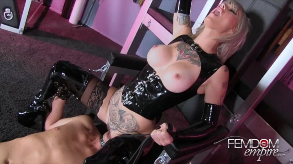 [HD] Kleio Valentein - Service My Cunt Kleio Valentein - SiteRip-00:10:44 | Cunnilingus, Facesitting, Pussy Worship And Lick, Dirty Talk, Latex, Tattoo, Femdom - 355 MB