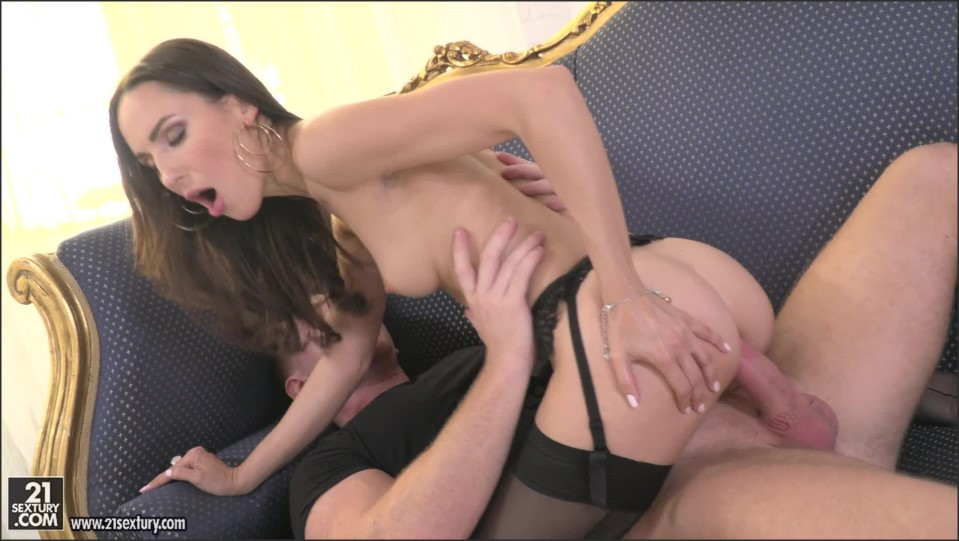 [Full HD] Lilu Moon. Lights, Camera And Anal Mix - SiteRip-00:25:59 | Lingerie, Cumshot, Petite, One On One, Big Butt, Small Tits, Brunette, Blowjob, Anal, Natural Tits, Babes, Masturbation, Big Dick - 1,4 GB